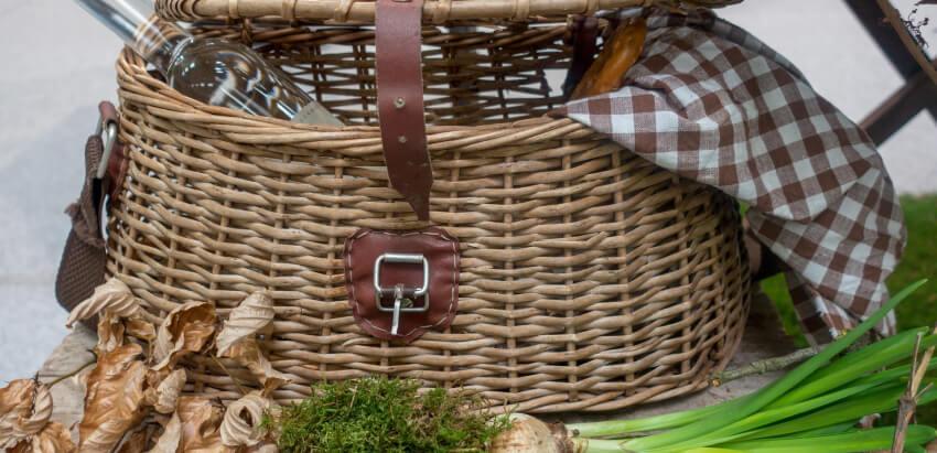 Kosz piknikowy - prezent dla ogrodnika